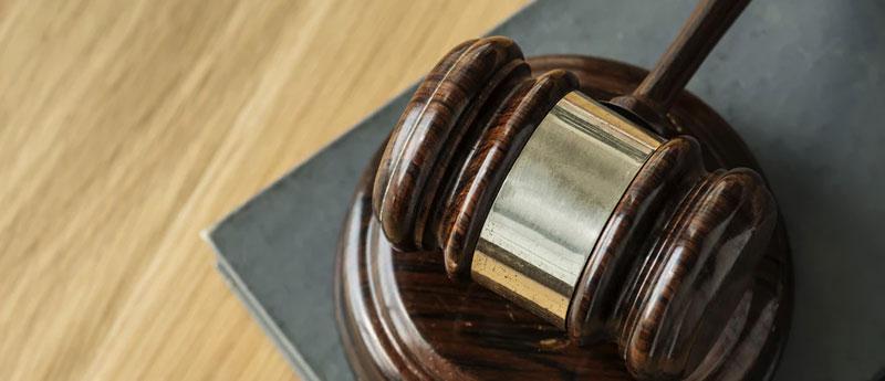 Maillet Juge Sanction